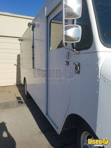 1995 P30 Step Van Kitchen Food Truck All-purpose Food Truck Insulated Walls Oklahoma Gas Engine for Sale