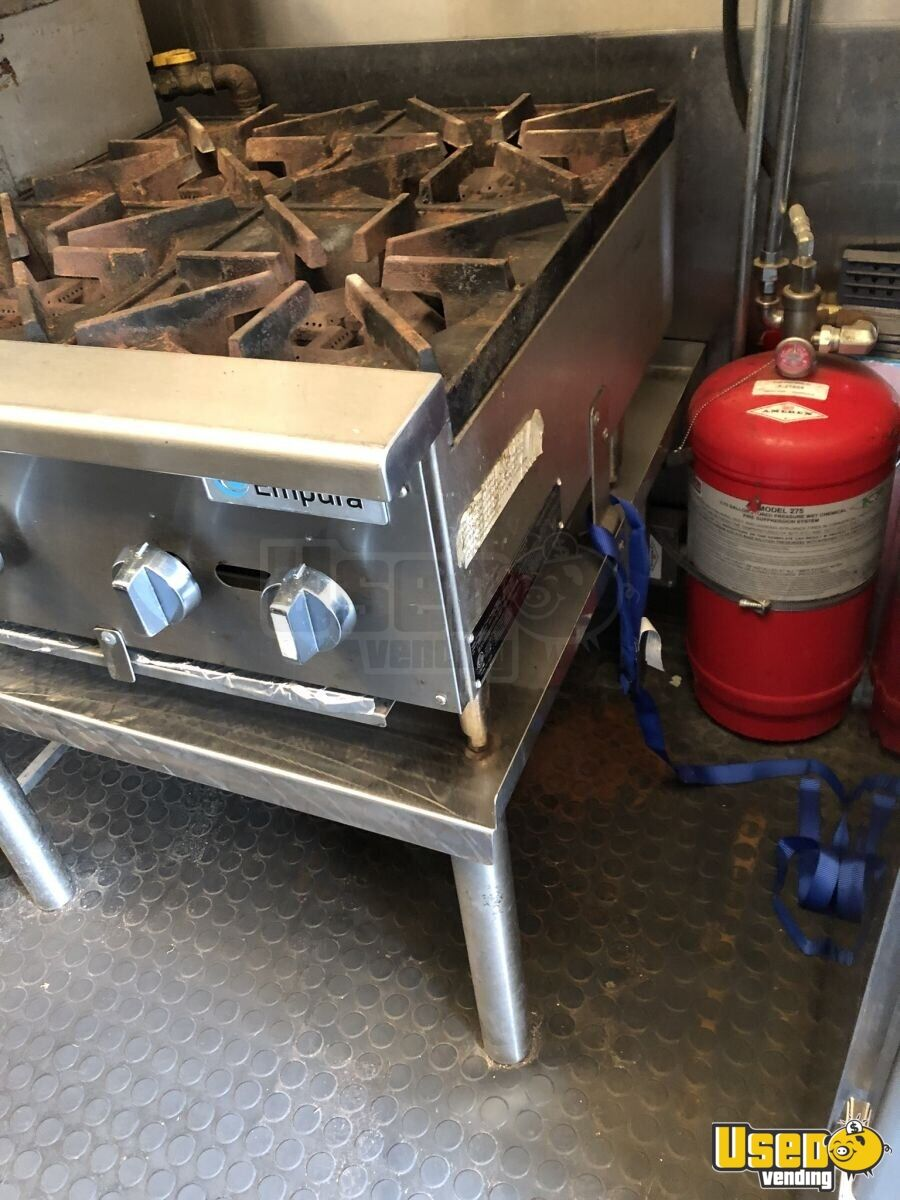 1995 P30 Step Van Kitchen Food Truck All-purpose Food Truck Stovetop Iowa Gas Engine for Sale - 9