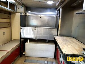 1995 Pet Care / Veterinary Truck 7 Texas Diesel Engine for Sale