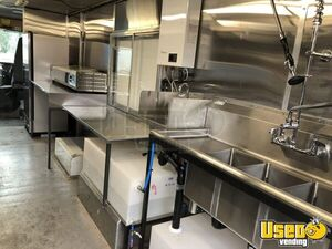 1996 27' Step Van Kitchen Food Truck All-purpose Food Truck Cabinets Washington for Sale