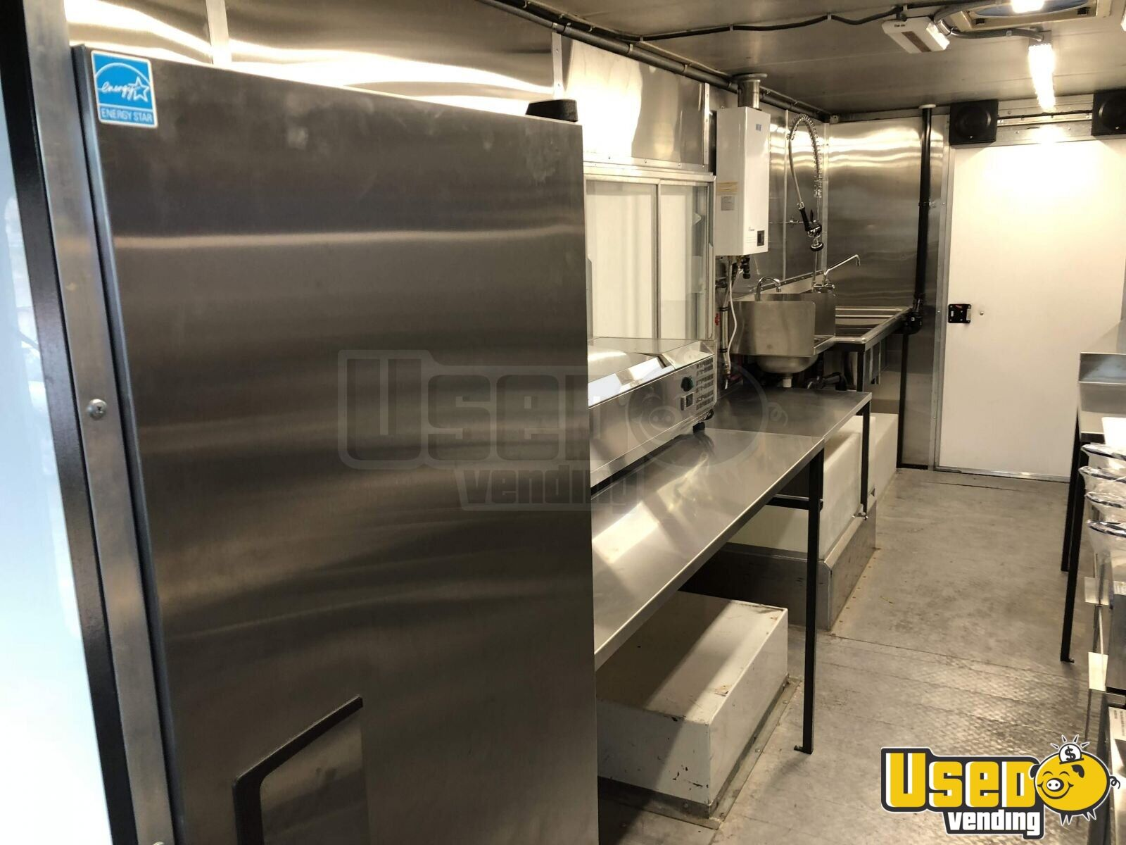 1996 27' Step Van Kitchen Food Truck All-purpose Food Truck Stainless Steel Wall Covers Washington for Sale - 4