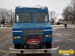 1996 All-purpose Food Truck Awning Missouri Diesel Engine for Sale