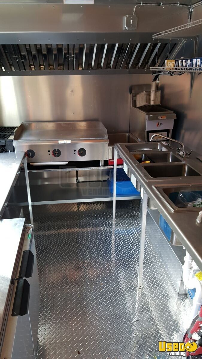 1996 Chevy All-purpose Food Truck Removable Trailer Hitch Illinois Gas Engine for Sale - 3
