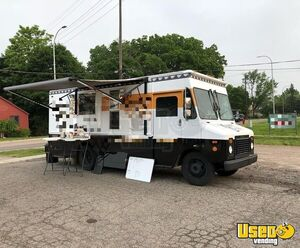 1996 Chevy Grumman Coffee Truck Concession Window Michigan Gas Engine for Sale