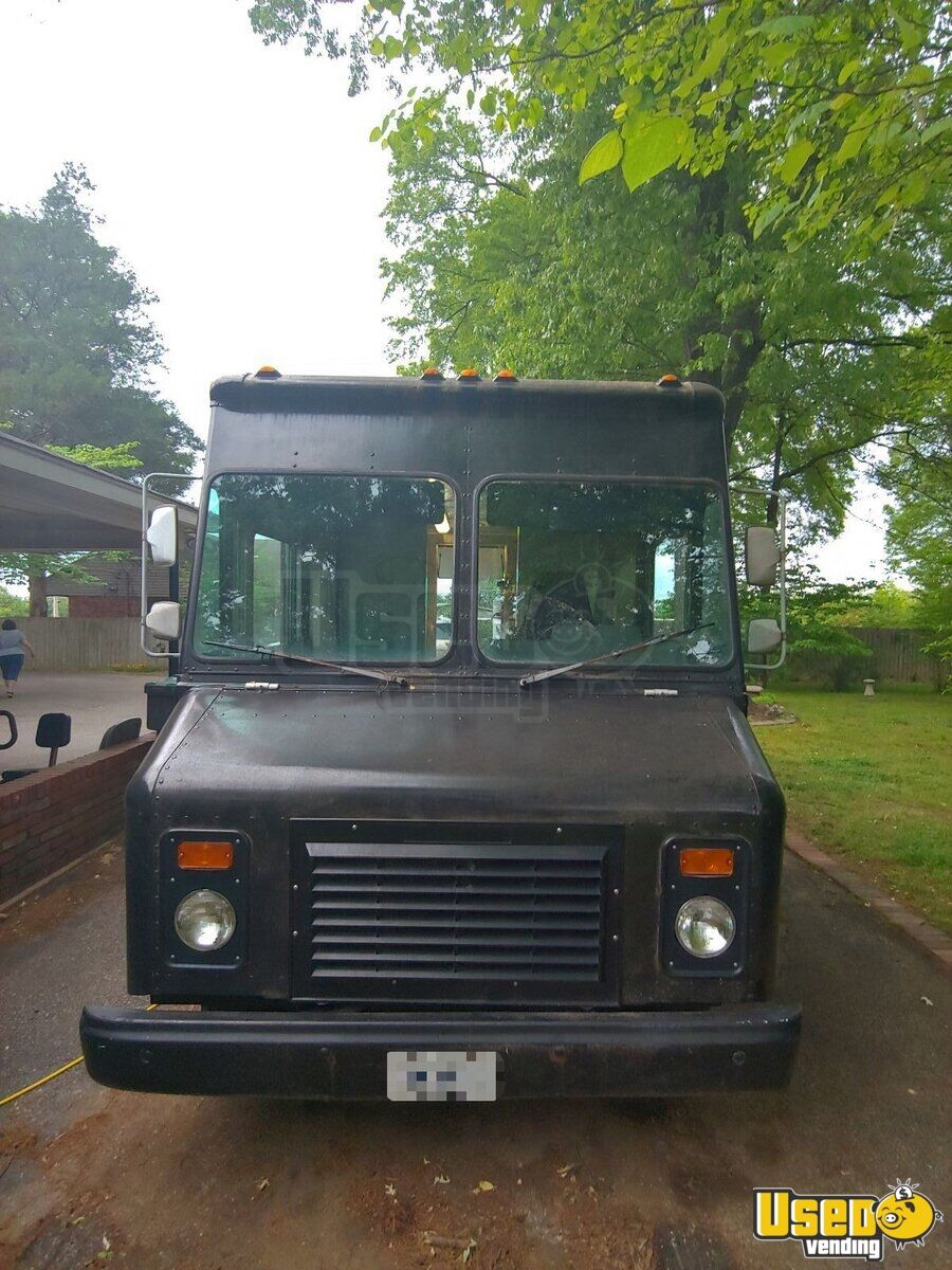 1996 Chevy P30 Food Truck Awning Tennessee Gas Engine for Sale - 6