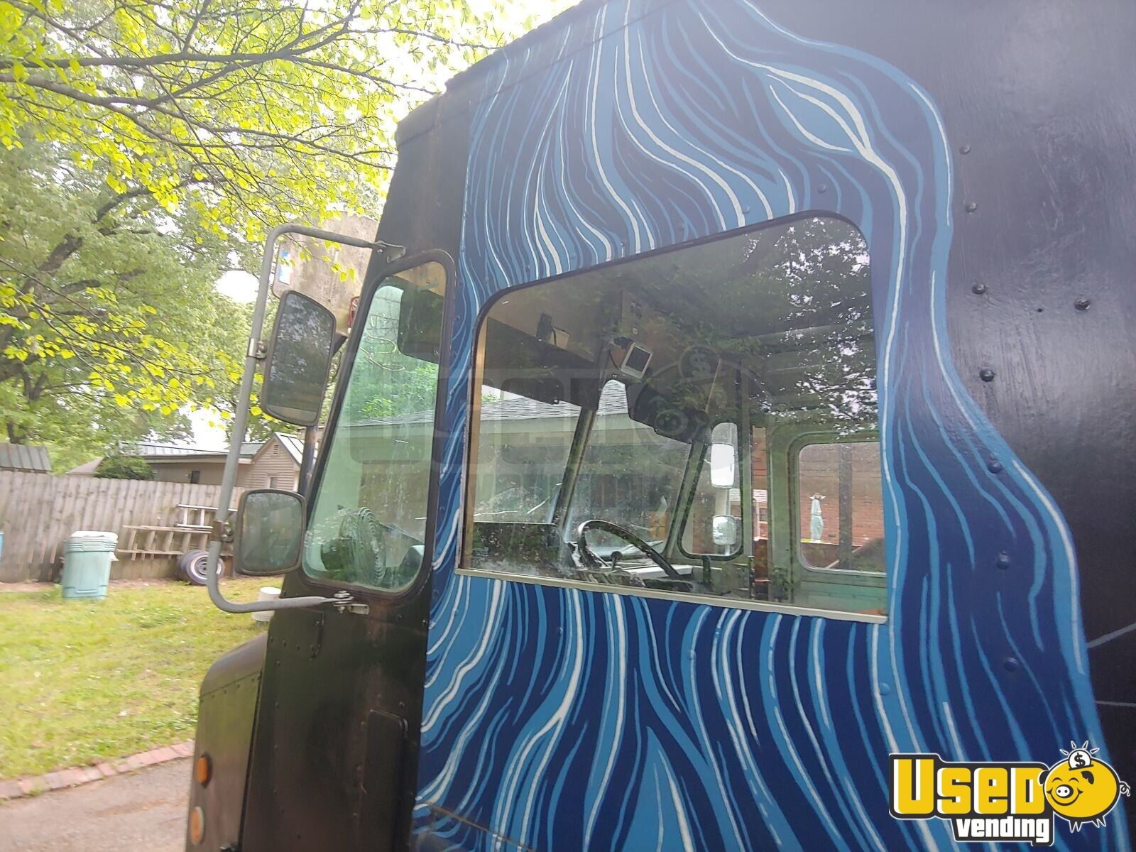 1996 Chevy P30 Food Truck Insulated Walls Tennessee Gas Engine for Sale - 5