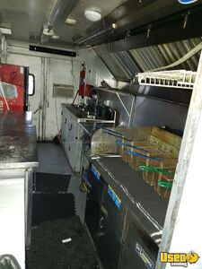 1996 Customized Kitchen Food Truck All-purpose Food Truck Exterior Lighting Missouri Diesel Engine for Sale