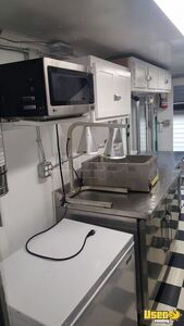 1996 Customized Kitchen Food Truck All-purpose Food Truck Hot Water Heater Missouri Diesel Engine for Sale