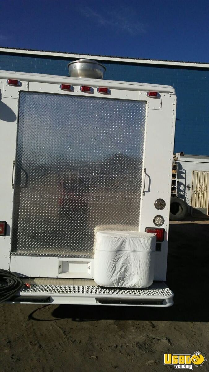 1996 Freight Linnet Model Mt16fd All-purpose Food Truck Stainless Steel Wall Covers Texas Diesel Engine for Sale - 3