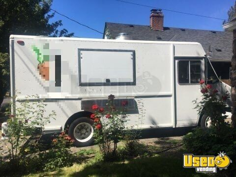 1996 Friegtliner/mwc All-purpose Food Truck Oregon Diesel Engine for Sale