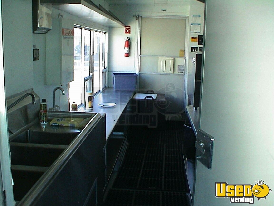 1996 Grumman Catering Food Truck Air Conditioning California Gas Engine for Sale - 2