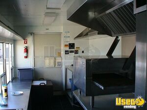 1996 Grumman Catering Food Truck Removable Trailer Hitch California Gas Engine for Sale