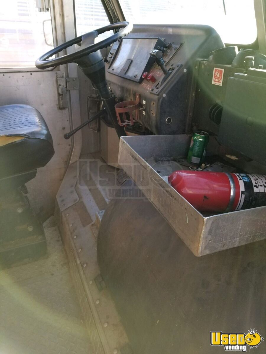 1996 Utilimaster Step Van Stepvan Breaker Panel Virginia Diesel Engine for Sale - 7