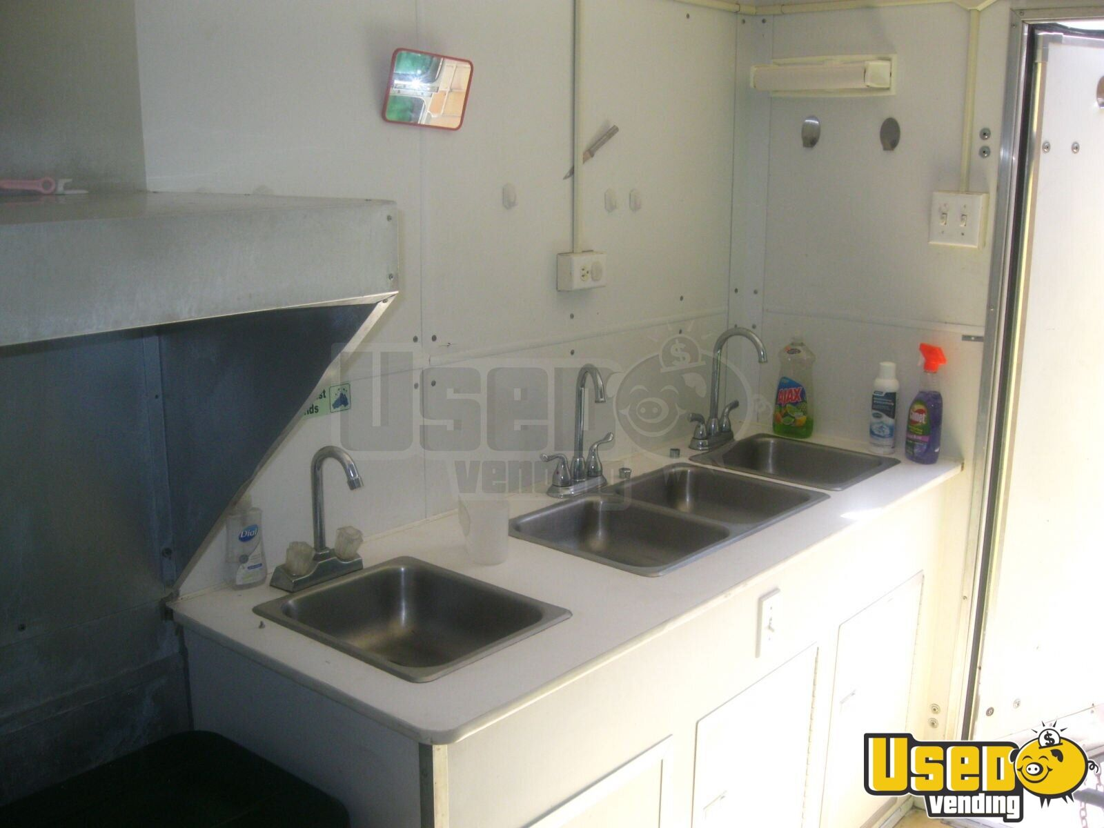 1996 Wells Cargo Concession Trailer Exhaust Hood Florida for Sale - 10