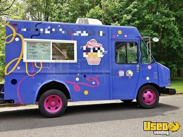 1997 10' Diesel P32 Step Van Kitchen Food Truck All-purpose Food Truck Refrigerator New Jersey Diesel Engine for Sale