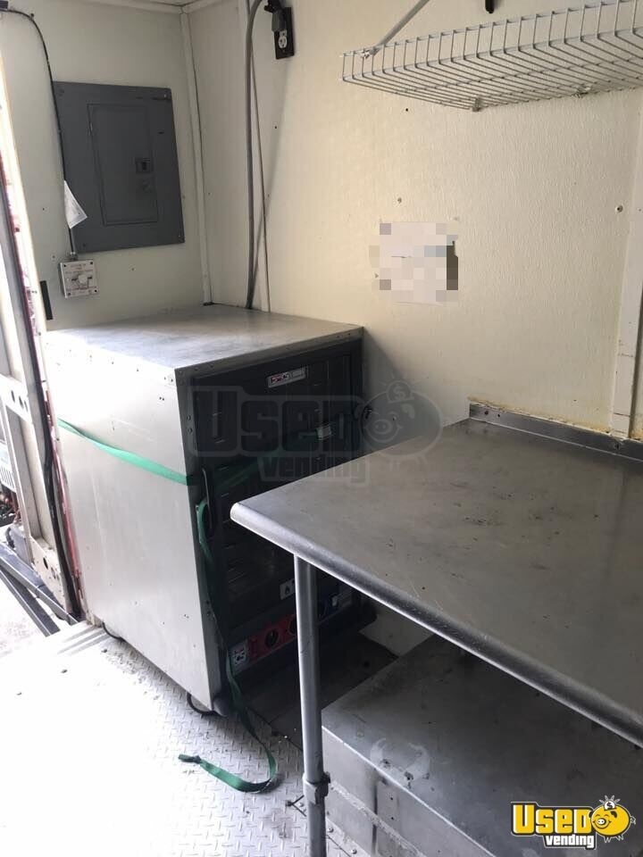 1997 27' P30 Step Van Kitchen Food Truck All-purpose Food Truck Propane Tank Alabama Gas Engine for Sale - 7