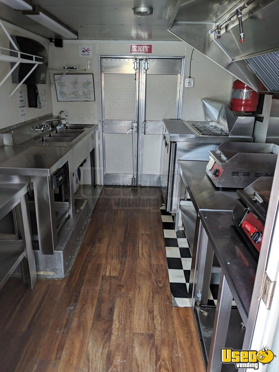 1997 Chevy P 30 All-purpose Food Truck Generator Indiana Gas Engine for Sale - 4