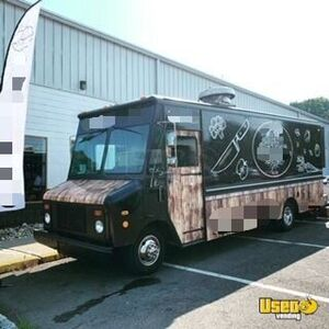 1997 Chevy Workhorse P30 All-purpose Food Truck Slide-top Cooler Connecticut Gas Engine for Sale