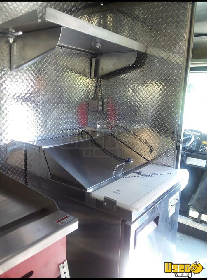 1997 Gmc All-purpose Food Truck Prep Station Cooler Virginia Diesel Engine for Sale - 6