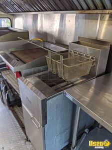 1997 School Bus Kitchen Bustaurant Food Truck All-purpose Food Truck Cabinets Texas Diesel Engine for Sale