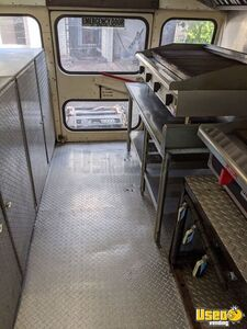 1997 School Bus Kitchen Bustaurant Food Truck All-purpose Food Truck Exterior Customer Counter Texas Diesel Engine for Sale