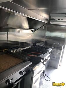 1997 Step Van Kitchen Food Truck All-purpose Food Truck Diamond Plated Aluminum Flooring Texas Gas Engine for Sale