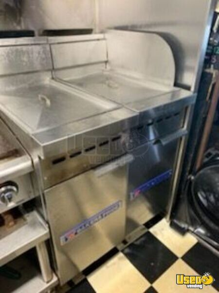 1997 Workhorse P30 Step Van Kitchen Food Truck All-purpose Food Truck Fire Extinguisher Connecticut Gas Engine for Sale - 18