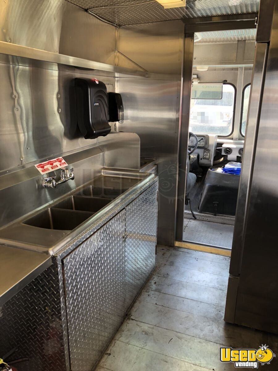 1998 Chevrolet P30 All-purpose Food Truck Food Warmer Arizona Gas Engine for Sale - 16