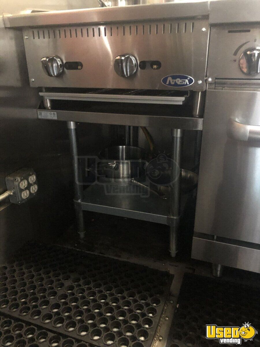 1998 Chevrolet P30 All-purpose Food Truck Steam Table Arizona Gas Engine for Sale - 17