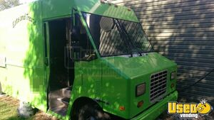 1998 Diesel P30 Step Van Kitchen Food Truck All-purpose Food Truck Generator Missouri for Sale