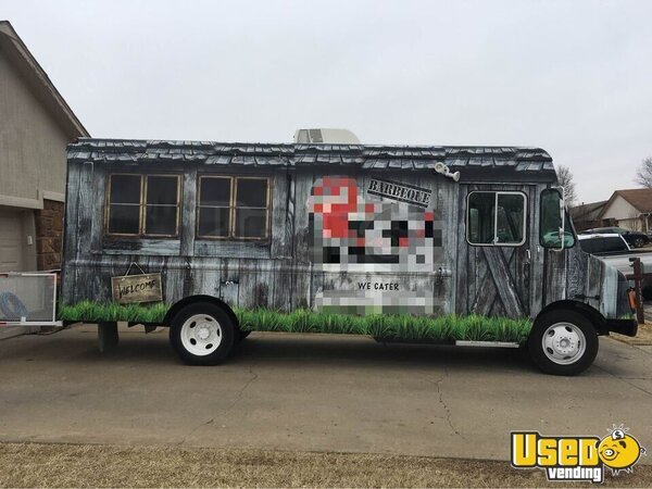 1998 P30 Barbecue Food Truck Barbecue Food Truck Oklahoma Gas Engine for Sale