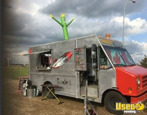 1998 Utilimaster Ice Cream Truck Ice Cream Truck Diamond Plated Aluminum Flooring Alberta Gas Engine for Sale