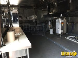 1999, 2008 Kentucky All-purpose Food Trailer Insulated Walls Oklahoma Diesel Engine for Sale