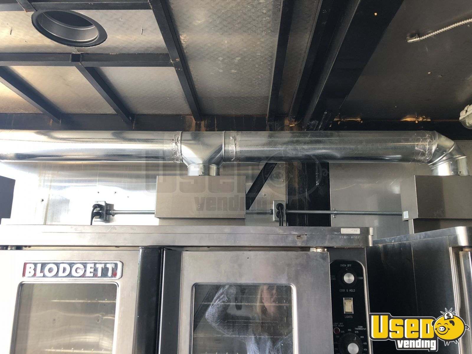 1999, 2008 Kentucky All-purpose Food Trailer Upright Freezer Oklahoma Diesel Engine for Sale - 10