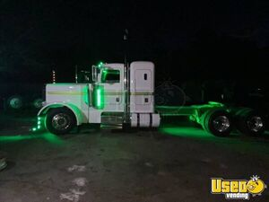 1999 379 Sleeper Cab Semi Truck Peterbilt Semi Truck 5 Massachusetts for Sale