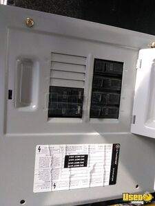 1999 All-purpose Food Truck Microwave North Carolina Diesel Engine for Sale