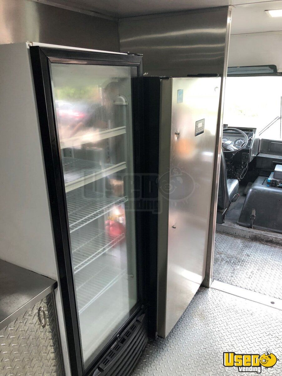 1999 Chevrolet P30 Step Van All-purpose Food Truck Steam Table Connecticut Diesel Engine for Sale - 18
