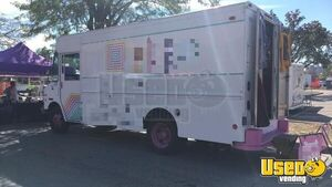 Chevy P32 Used Mobile Boutique Fashion Truck for Sale in Illinois!!!