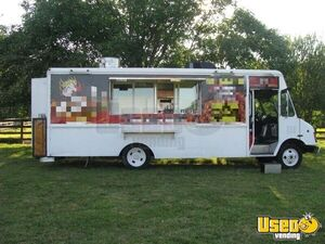 1999 Chevy Workhorse All-purpose Food Truck Concession Window Tennessee Diesel Engine for Sale