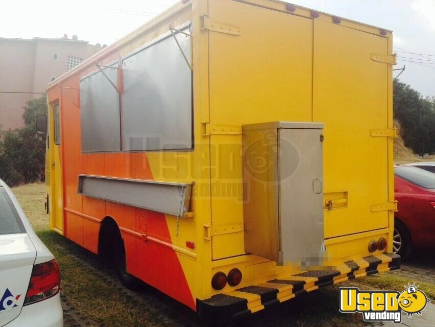 1999 Custom-built Kitchen Food Truck All-purpose Food Truck Air Conditioning Florida Gas Engine for Sale - 2