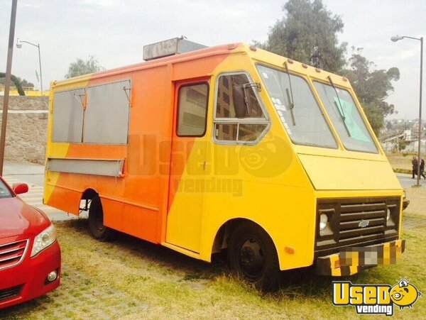 1999 Custom-built Kitchen Food Truck All-purpose Food Truck Florida Gas Engine for Sale