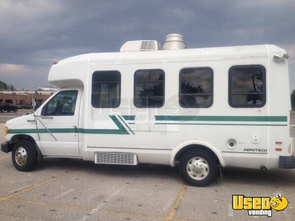 1999 E-350 Van Kitchen Food Truck All-purpose Food Truck Deep Freezer Texas Gas Engine for Sale - 6