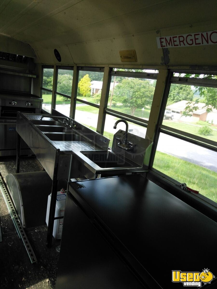 1999 Food Truck Prep Station Cooler North Carolina Diesel Engine for Sale - 11