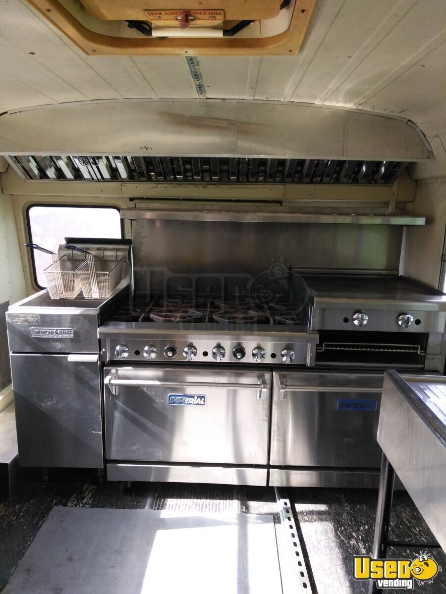 1999 Food Truck Slide-top Cooler North Carolina Diesel Engine for Sale - 9
