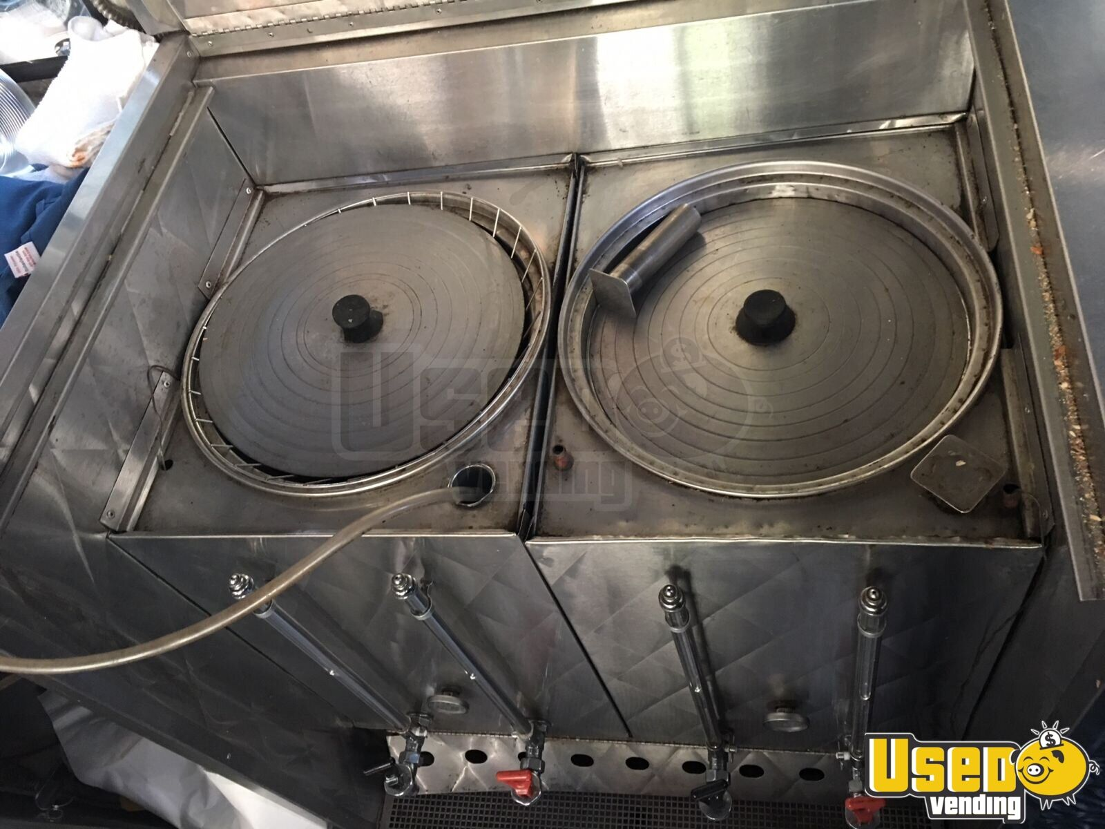 1999 Gmc 1900 All-purpose Food Truck Exhaust Fan Connecticut Gas Engine for Sale - 22