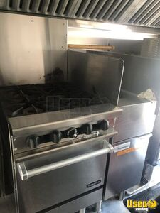 1999 Gruman Utilimaster 22' Barbecue Food Truck Diamond Plated Aluminum Flooring Ontario Gas Engine for Sale