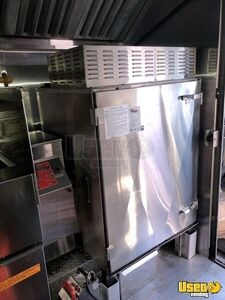 1999 Gruman Utilimaster 22' Barbecue Food Truck Oven Ontario Gas Engine for Sale