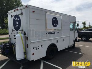 1999 Grumman Olson Kitchen Food Truck All-purpose Food Truck Minnesota Gas Engine for Sale