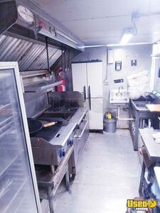 1999 Mt35 Kitchen Food Truck All-purpose Food Truck Prep Station Cooler South Carolina Diesel Engine for Sale