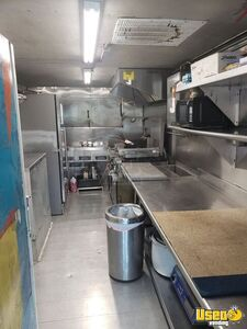 1999 Mwv Kitchen Food Truck All-purpose Food Truck Cabinets Florida Diesel Engine for Sale